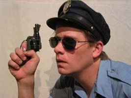 idiot cop